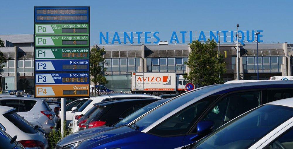 parking aeroport Nantes