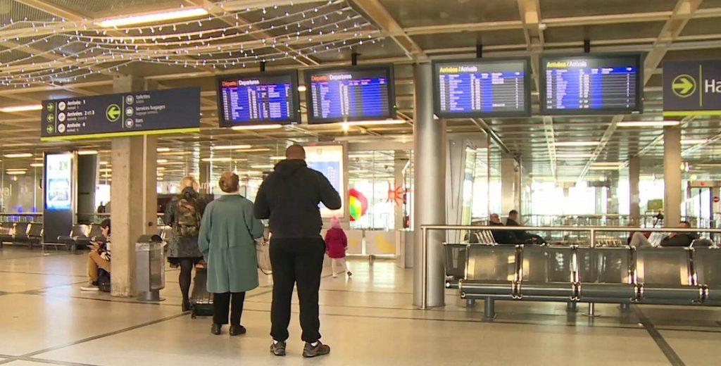 aeroport nantes arrivées - use it twice